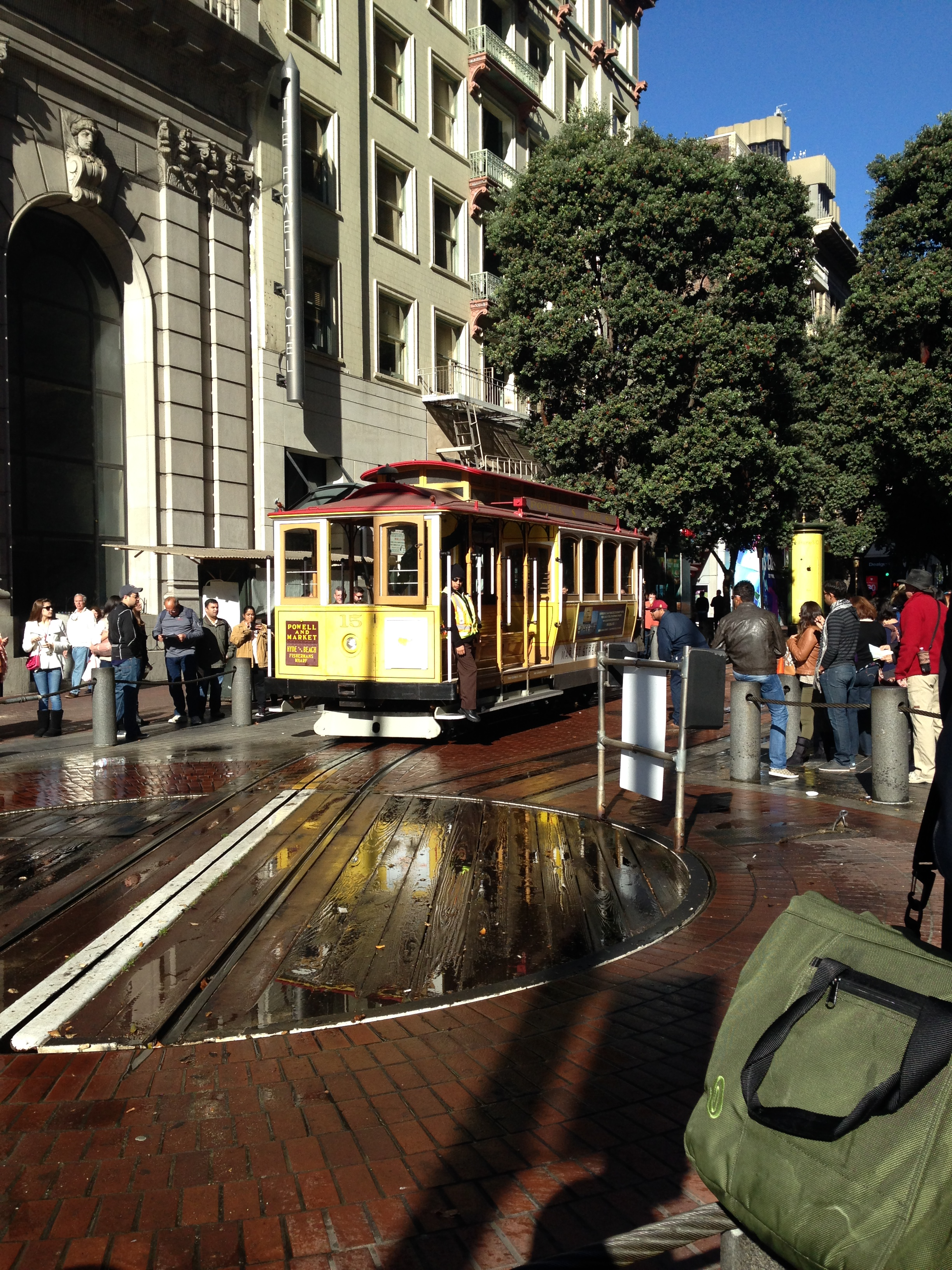 Cable Car Stops Near Chinatown